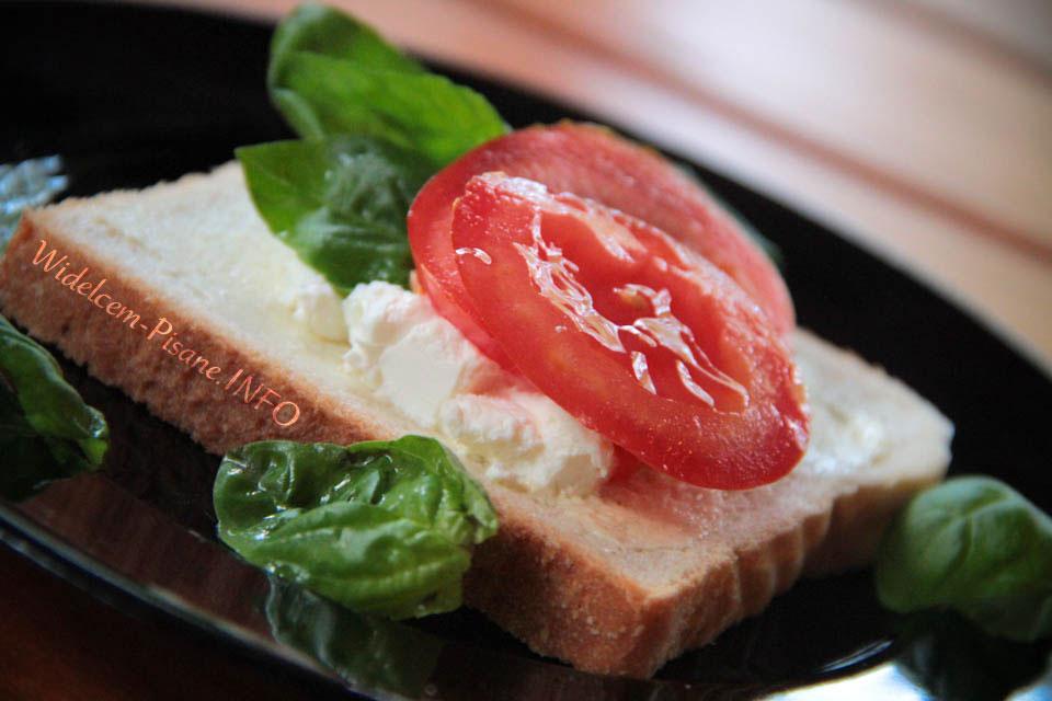 Szybkie śniadanie - kanapka z fetą