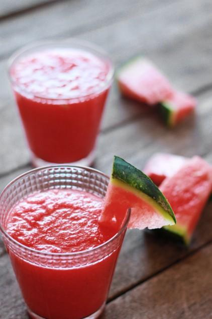 Orzeźwiający napój z arbuza